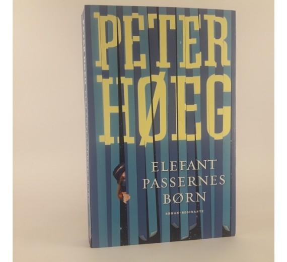 Elefant passerens børn en roman af Peter Høeg.
