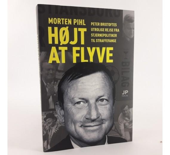 Højt at flyve af Morten Pihl