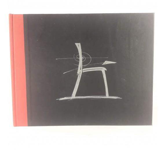 Chairs on the run af Hans Thyge Raunkjær