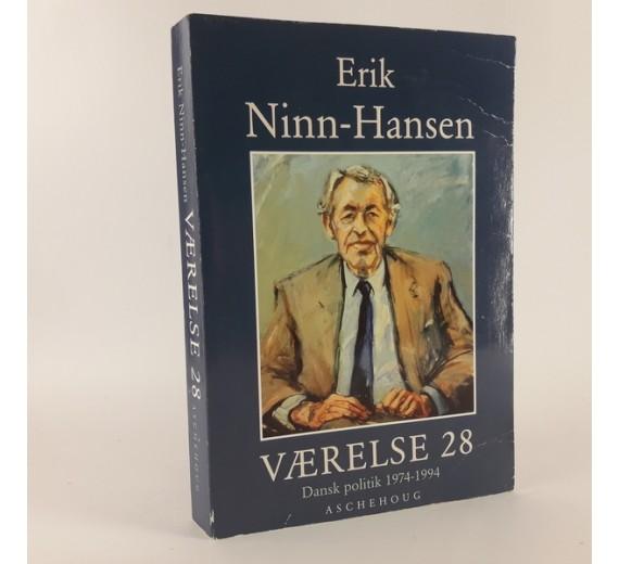 Værelse 28 - Dansk politik 1974-1994 af Erik Ninn Hansen