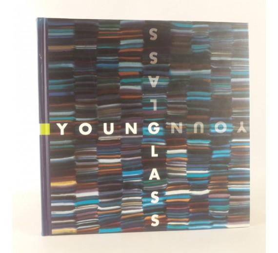 Young glass af Charlotte Sahl-Madsen & Sandra Blach