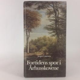 FortidenssporirhusskoveneafJesperLaursen-20