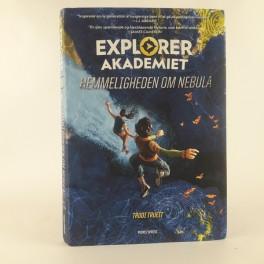 ExplorerAkademietHemmelighedenomNebulaafTrudiTrueit-20